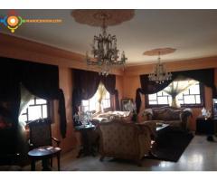 Villa de 478m² a vende sur 3 niveaux