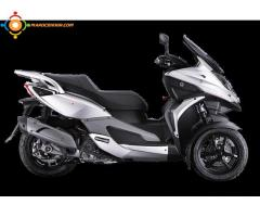 Scooter 3 Roues 350cc avec permis B comme le Piaggio MP3