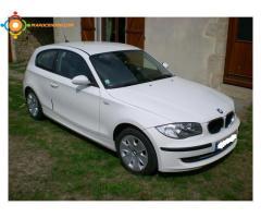 Vends  urgent BMW blanche 3 portes