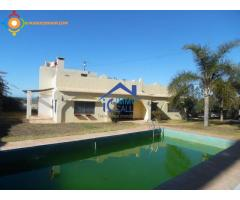 Villa exceptionnelle A VENDRE bien située à Skhirat