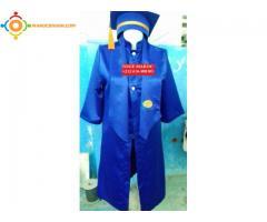 Toge universitaire ( tenues de remise de diplôme )