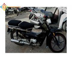 Moto DOCKER C90