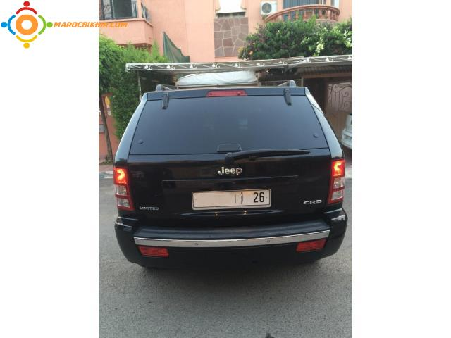 jeep grand cherokee diesel mod le 2010 toute option tr s bien entretenue marrakech bikhir. Black Bedroom Furniture Sets. Home Design Ideas