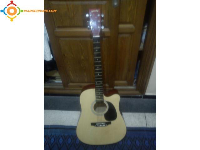 guitare acoustique a bon prix bikhir annonce bon coin. Black Bedroom Furniture Sets. Home Design Ideas