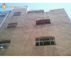 immeuble 3 étages et 2 façades 80m