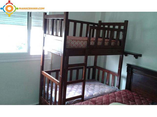 lit en bois pour 2 enfant complie avec 2 etage et 2 matelat richbond casablanca bikhir annonce. Black Bedroom Furniture Sets. Home Design Ideas