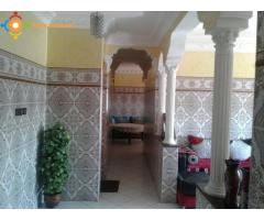 TRÈS JOLI APPARTEMENT CASABLANCA