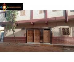 Maison constitué de 3 apparts et 2 garage